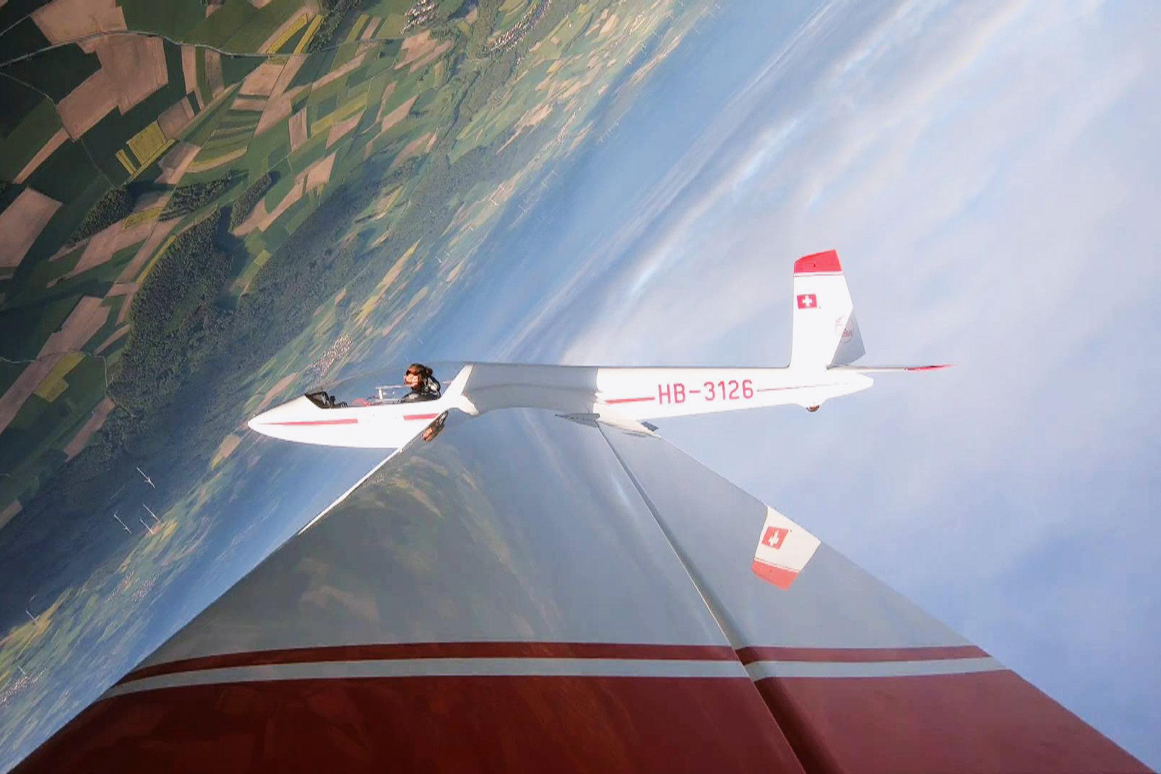 Jonas Langenegger hat einen Weltmeistertitel und will in die höchste Segelkunstflug-Kategorie aufsteigen.