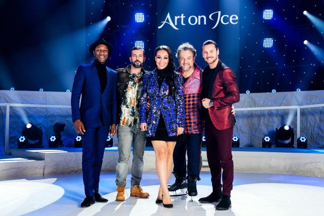 Art on Ice 2020 v. l. Aloe Blacc, Bligg, Rebecca Ferguson, Marco Rima und Bastian Baker