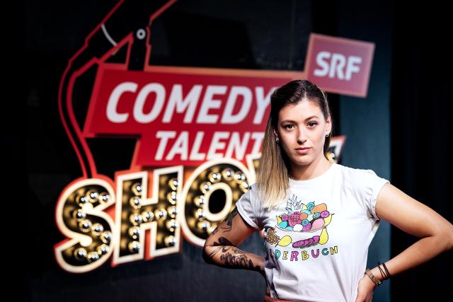 Comedy Talent Show Sendung 1 2019 Moderatorin Lisa Christ